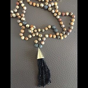 Jewelry - Exquisite Necklace
